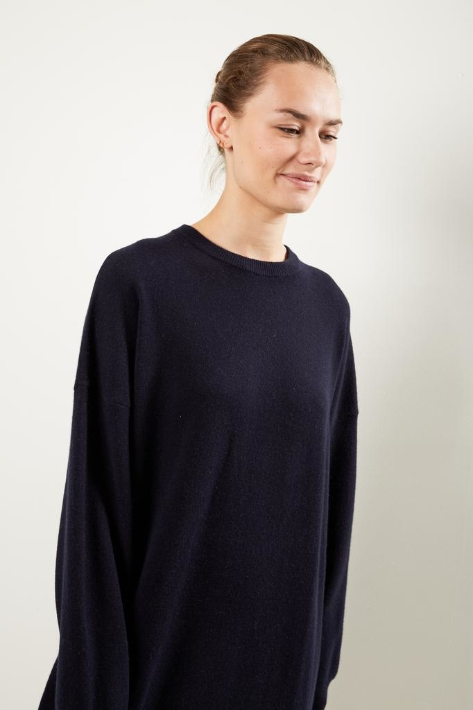extreme cashmere Nº106 weird crew neck dress