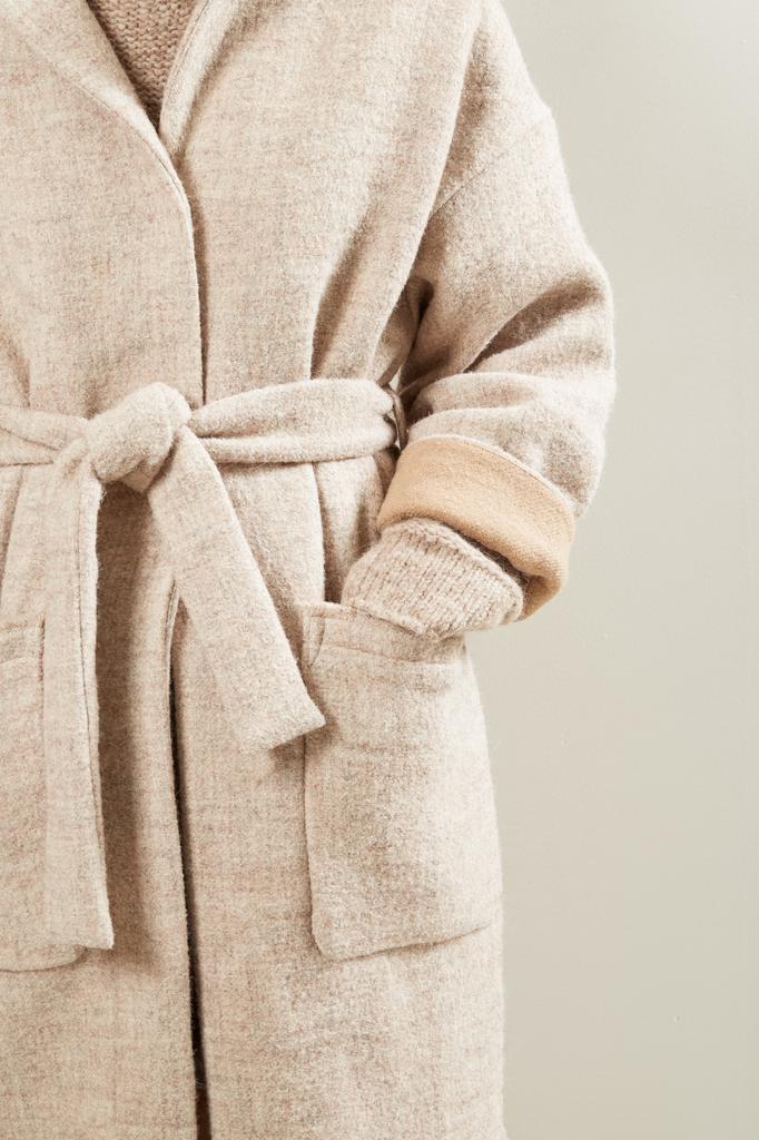 Humanoid - Reed room coat