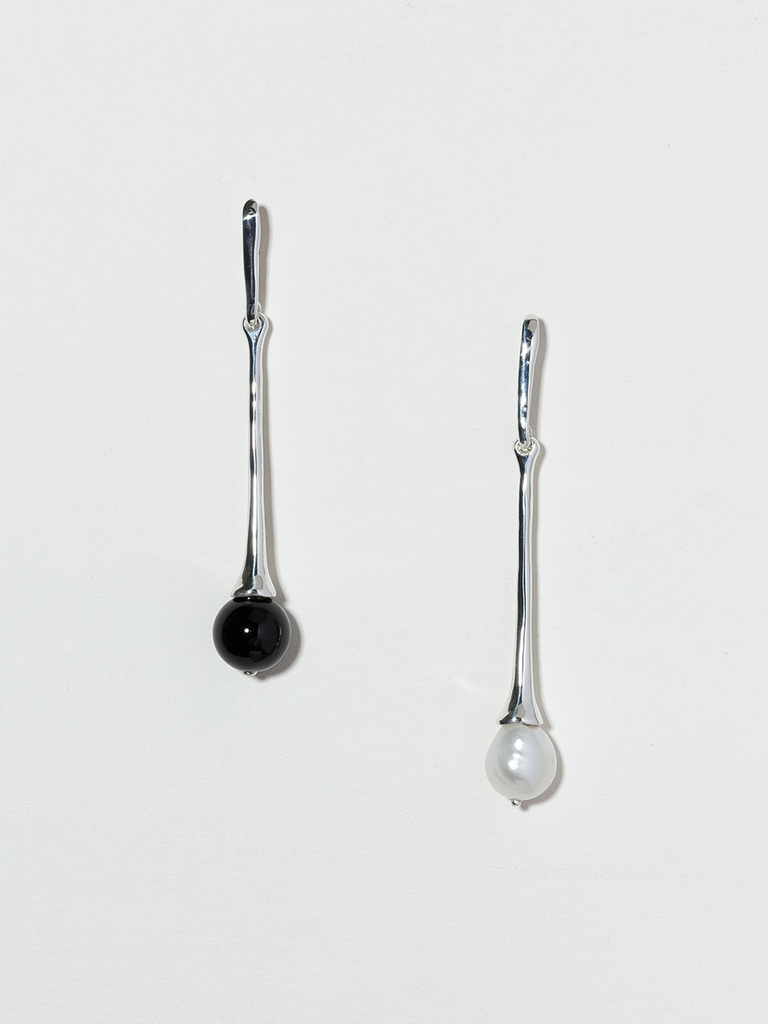 Faris matching pair assymetric calla drop earrings with pearl and onyx