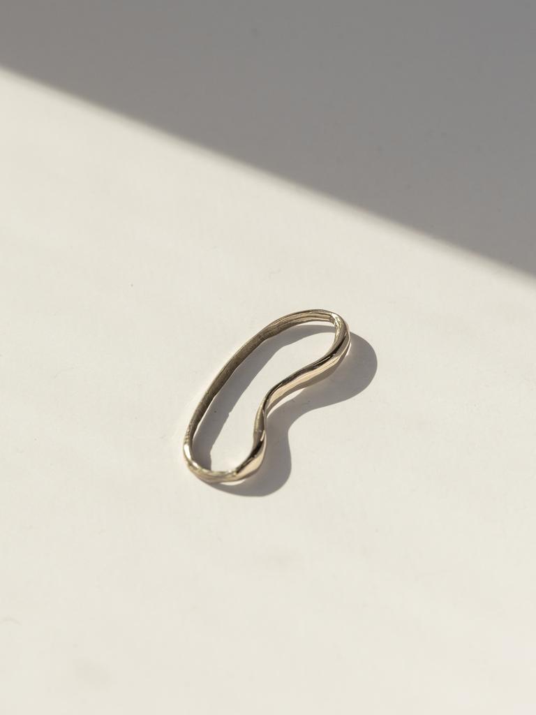 Faris Vero helix organically shaped ear cuff