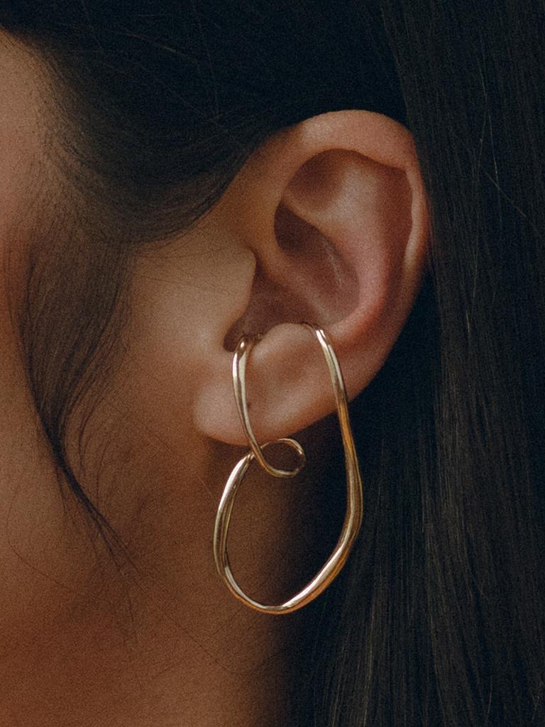 Faris Vinea continu earrings