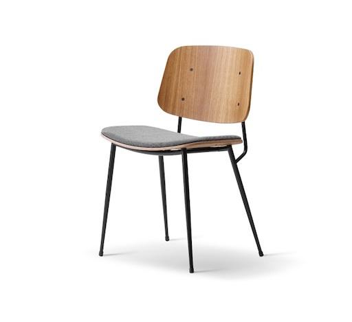 3061 SOBORG 烟熏橡木餐椅