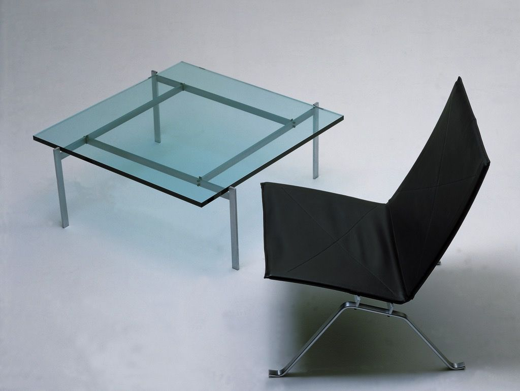PK61 COFFEE TABLE IN GLASS TOP