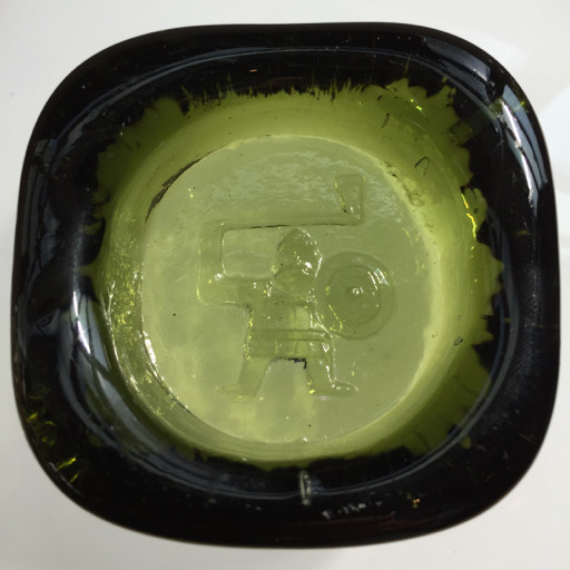 GREEN GLASS VIKING ICON BY EIRK HOGLUND FOR BODA SWEDEN, W7 X L7 X D2CM