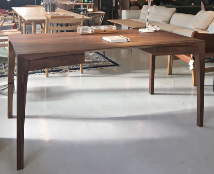 MATZ DESK WITH 2 DRAWERS IN SOLID WALNUT WOOD