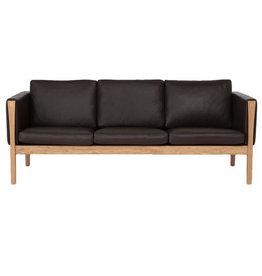 CH163 3-SEATER SOFA IN BLACK LEATHER