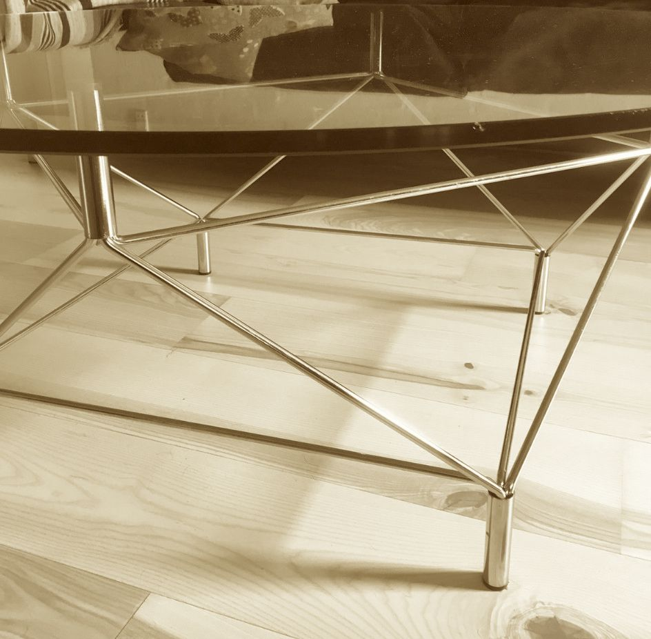 EILERSEN SPIDER SOFA TABLE