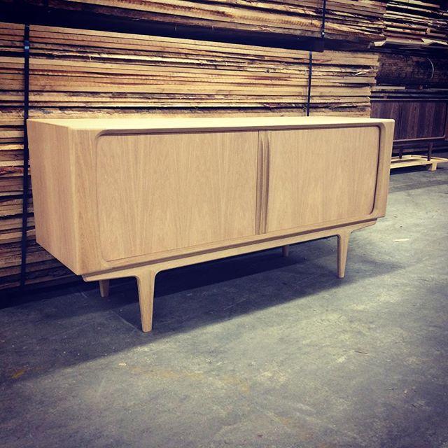 142 SIDEBOARD 165厘米寬櫥櫃