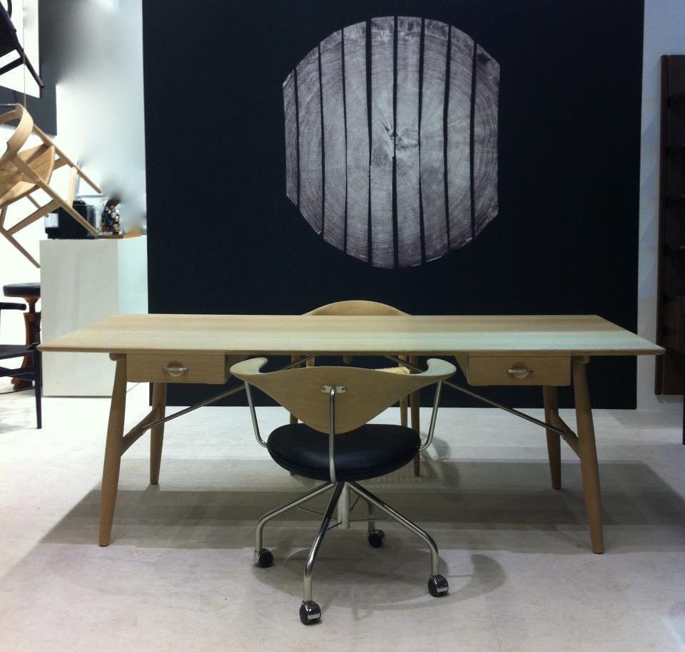 PP571/195 建筑师的桌子 (闊195厘米)