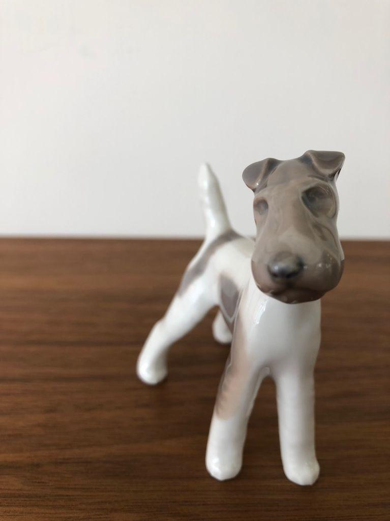 BING & GRONDAHL 瓷狐猎犬
