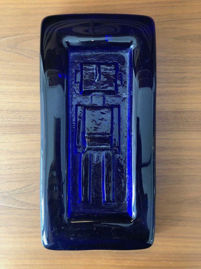 HOGLUND COBALT BLUE GLASS PLAQUE