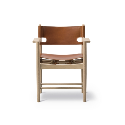 THE SPANISH DINING CHAIR WITH ARMS