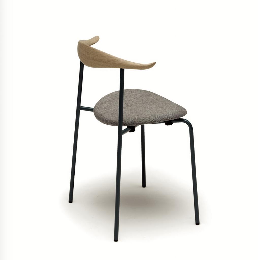 CH88P 灰色皮革坐墊可疊椅子