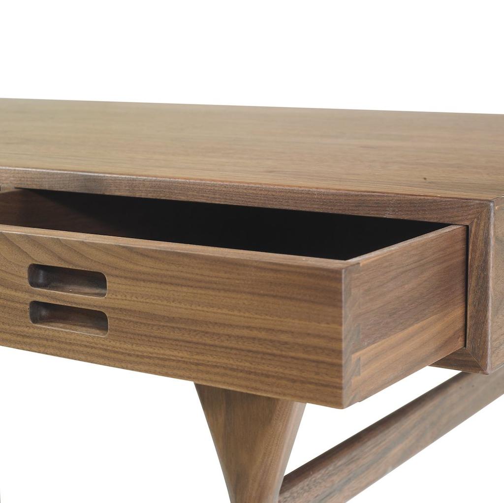 (SHOWROOM ITEM) ND93 NANNA DITZEL 3個抽屜的桌子
