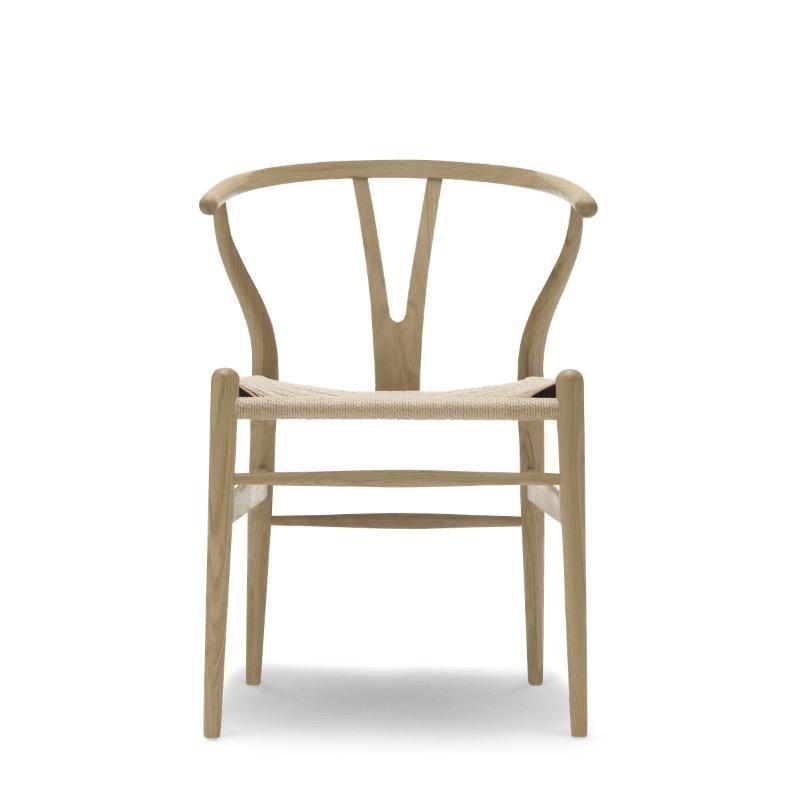 CH24 WISHBONE 橡木皂妝椅子