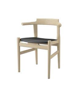 PP58 四脚晚餐椅子, 黑色98Elegance皮革制造座椅