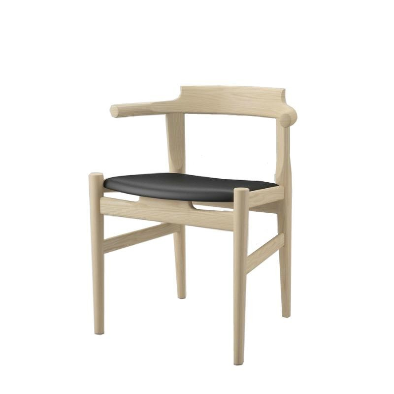 PP58 FOUR-LEGGED DINING CHAIR, SEAT IN BLACK 98 ELEGANCE LEATHER