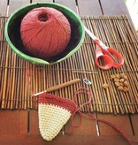 MOOMINMAMMA 姆明媽媽及浆果图案的紅色剪刀