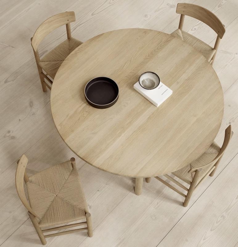 TARO ROUND DINNING TABLE