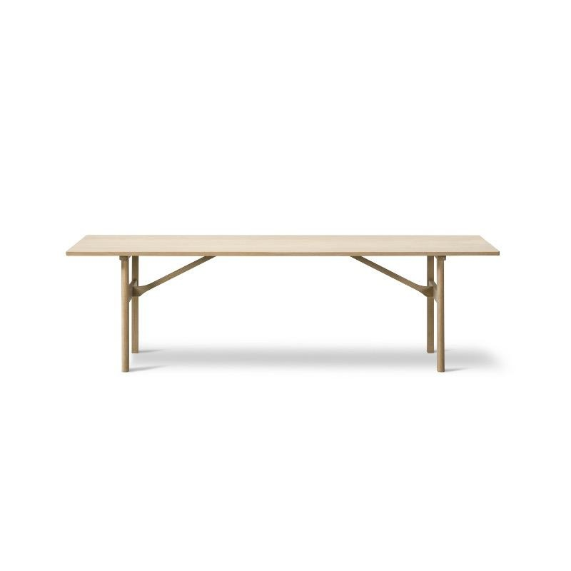 6384 DINING TABLE