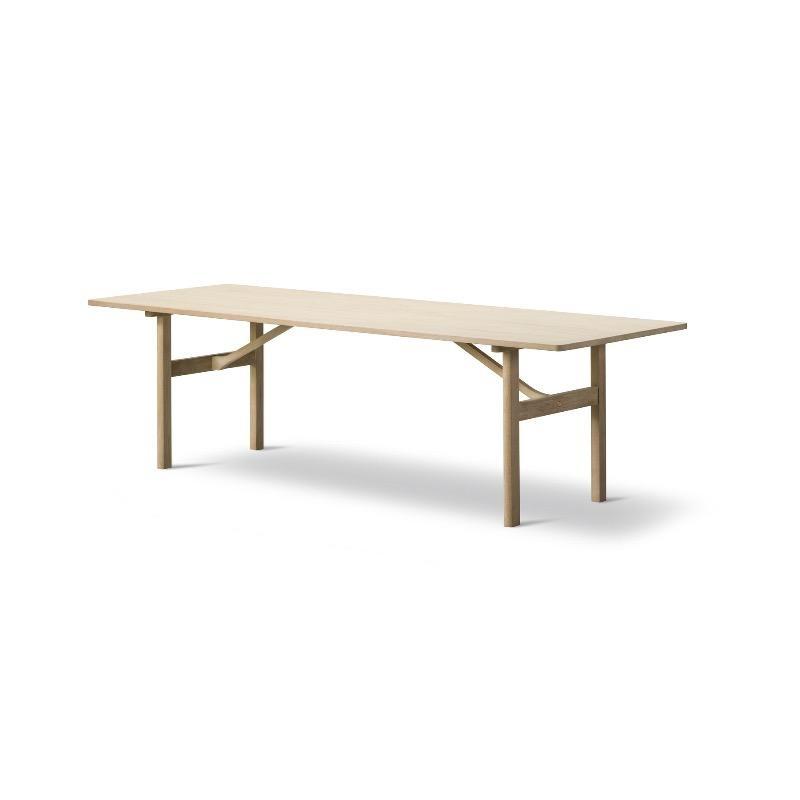 6384 餐桌