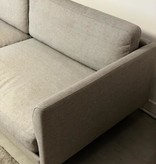 CALMO 金属腳三座沙發