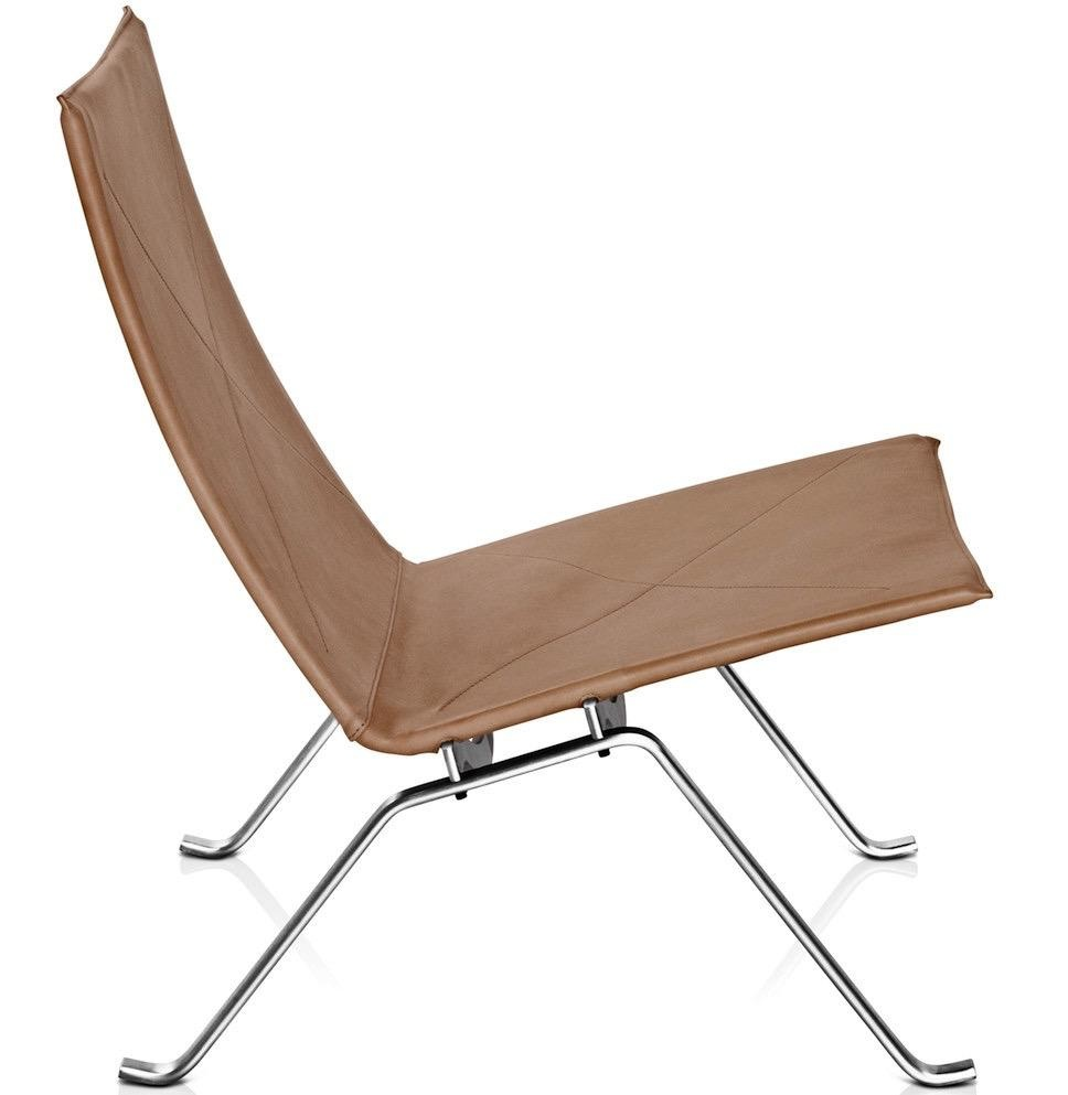 PK22 LOUNGE CHAIR IN RUSTIK LEATHER