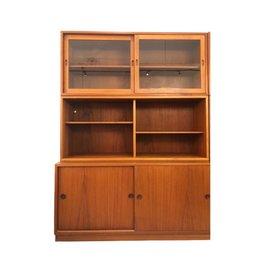 1950's ORESUND 帶滑動櫃門柚木古董櫃
