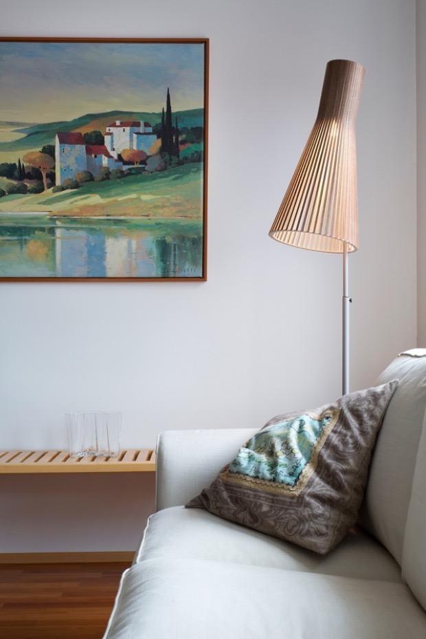 SECTO 4210 FLOOR LAMP IN WALNUT