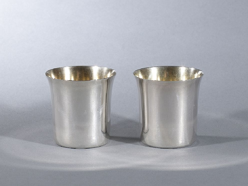 PAIR OF SILVER BEAKERS WITH GOLD PLATED INTERIORS