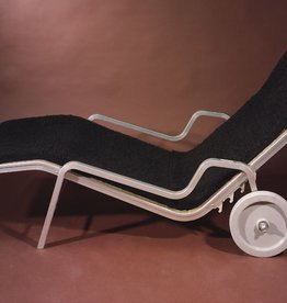 BLACK POODLE 有车轮黑色卷毛躺椅