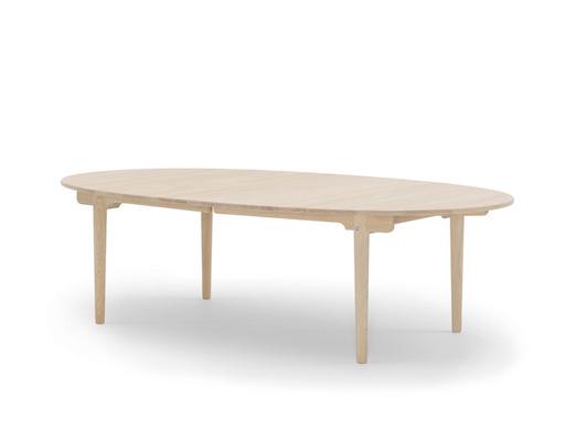 CH338实心橡木椭圆餐桌