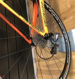 SPECIALIZED® Pre Loved Tarmac Comp in Gloss Orange w/Fulcrum Wheels