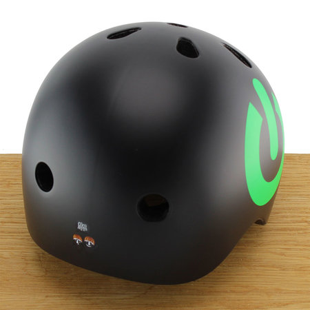 CoConuts Kinderhelm Black On/Off Medium
