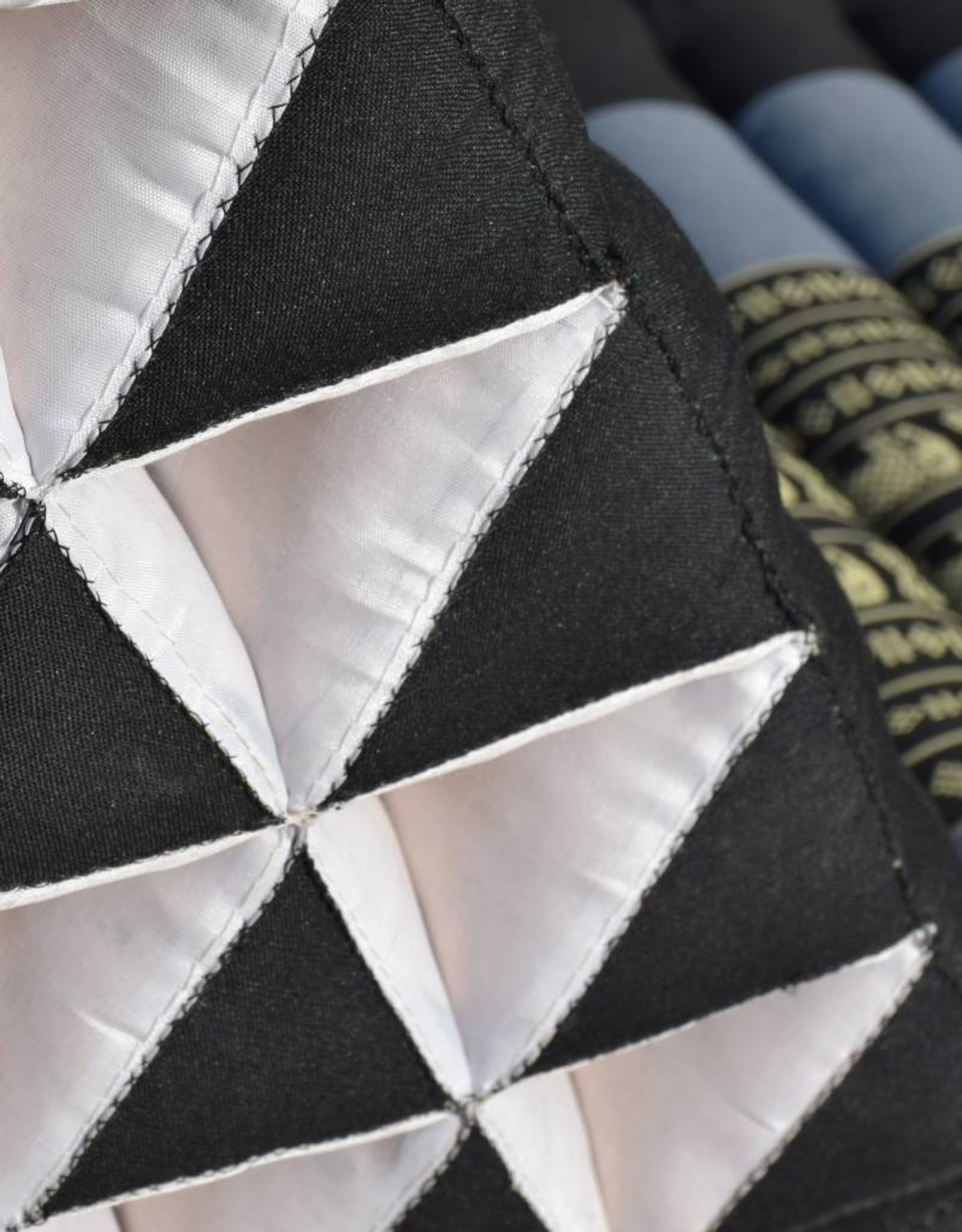 Thai Moonz Moon Kwan Driehoek XL Zwart/Grijs