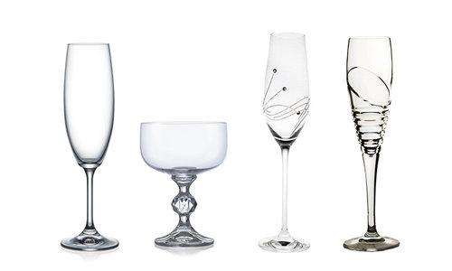 Glazen met eigen romantische tekst