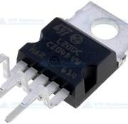ST Mikroelectronics L200CV Voltage Regulator