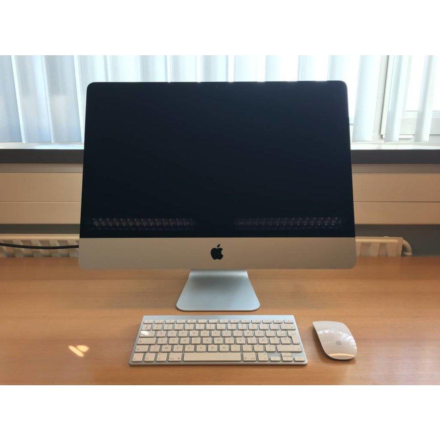 "iMac 21,5"" Mid-2014 1,4 GHz Core i5-1"