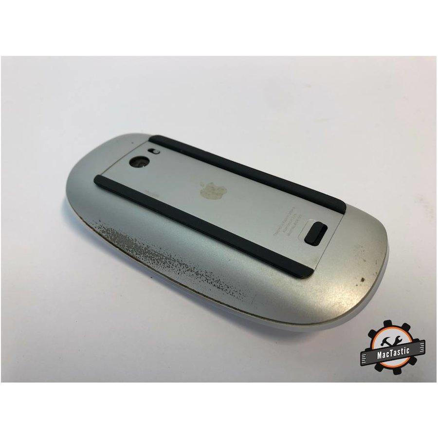 Apple Magic Mouse 1-2
