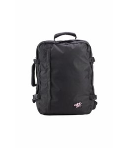 Cabin Zero Classic 44L ultra light absolute black