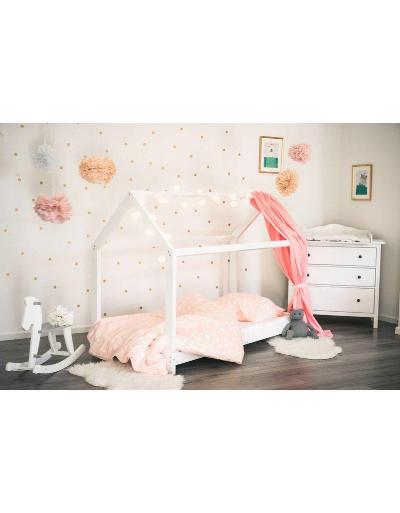 Hausbett Spielbett Fur Kinder In 90x200 Cm Weiss Puckdaddy