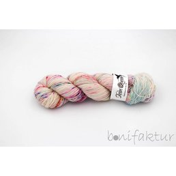 Skeinqueenyarns Wriggle Fb. Fairy Dust