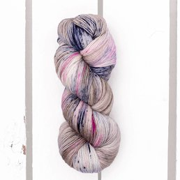 Madelinetosh Tosh Merino Light Fb. Winter's Rest
