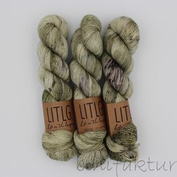 Life in the Long Grass Singles Sock Fb. Beachgrass