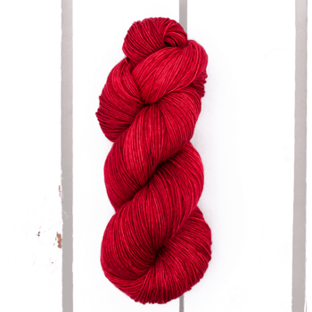 Madelinetosh Tosh Merino Light col. Fatal Attraction