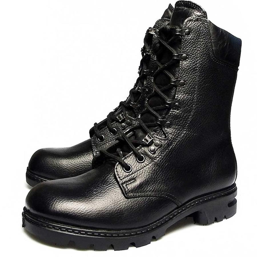 M400 Zwart Legerkisten
