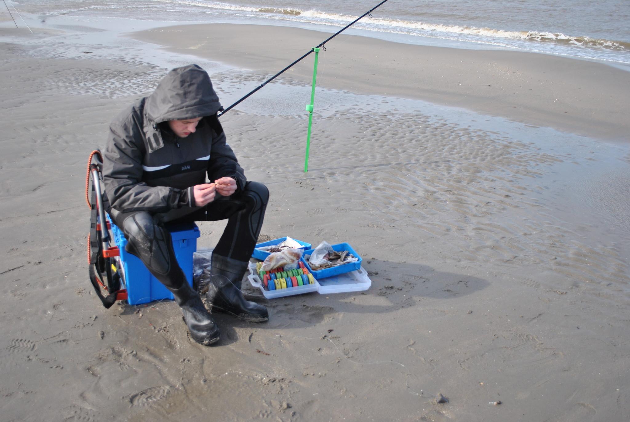 Hengelsport. Welk aas moet ik gebruiken aan het strand?