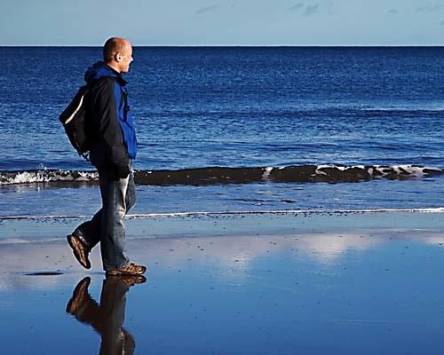 Wandelen aan het strand: waar moet je op letten?