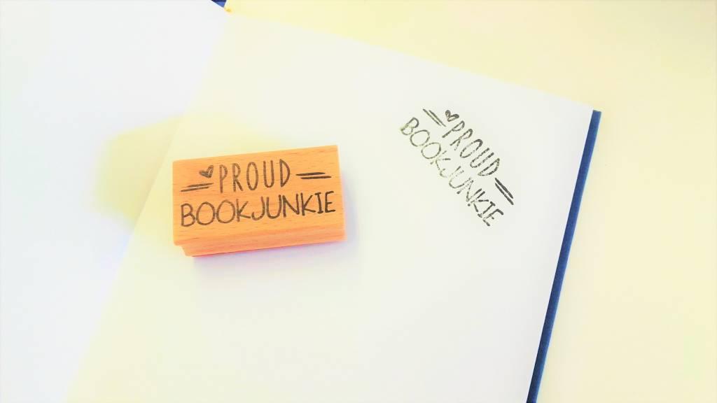 Stempel: Proud bookjunkie