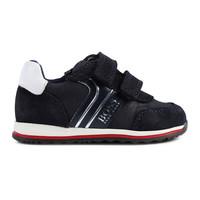 J09117 Sneakers